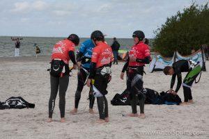 Kitesurfschool Antix Sports bij Hooked, kitesurfles Workum-1