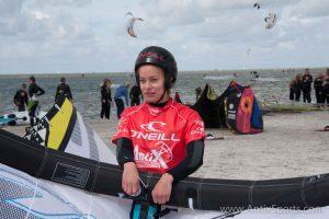 Kitesurfschool Antix Sports bij Hooked, kitesurfles Workum-3